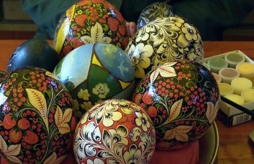 Расписные страусиные яйца